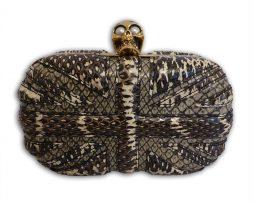 mcqueen-skull-clutch