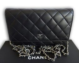 chanel-black-woc
